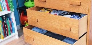 organiser les vêtements des enfants