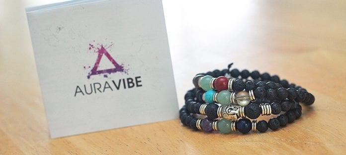 AuraVibe bracelet 7 chakras fait à la main